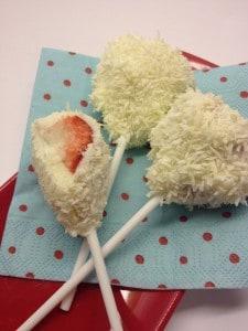 Strawberry snow pops